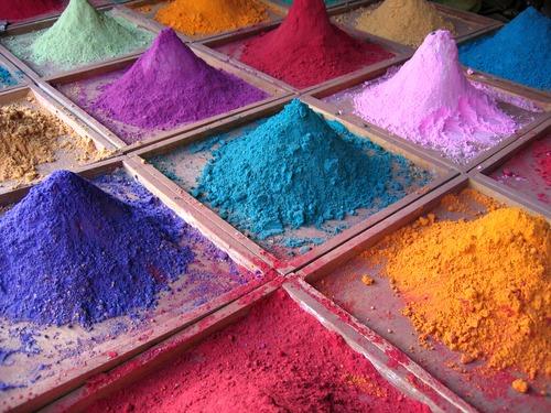 Indian_pigments_-_author_is_da