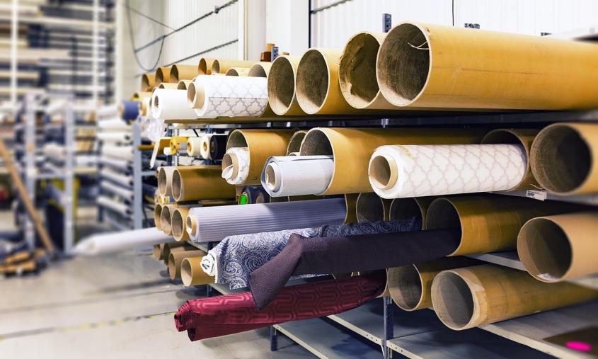 rolls-of-fabric-1767504_1280.jpg